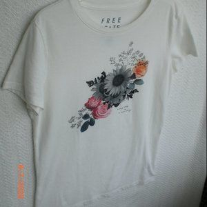 Aeropostale T Tee Shirt Floral Graphic Free State